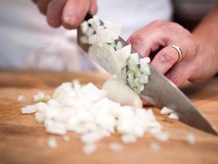 Atlanta - chef slicing onions.jpg