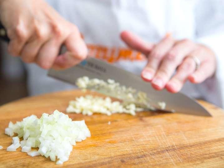 Las Vegas - chef chopping onions.jpg