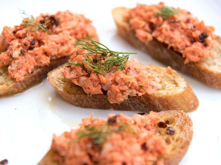 salmon crostini | Classpop