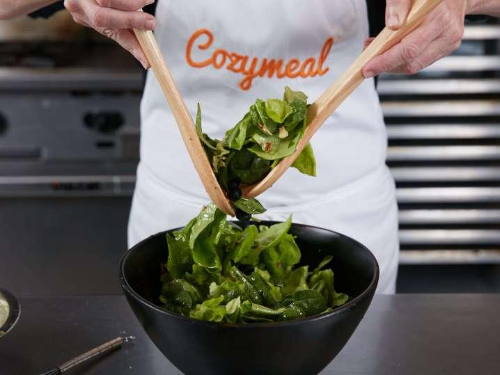 mixing salad | Classpop