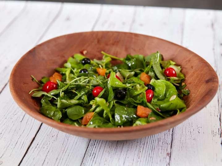 berry almond salad | Classpop