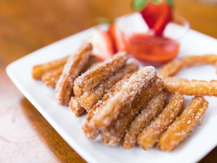 Cinnamon Strawberry Churros | Classpop