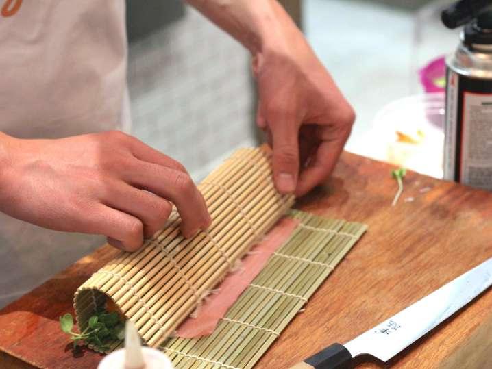 rolling sushi   Classpop