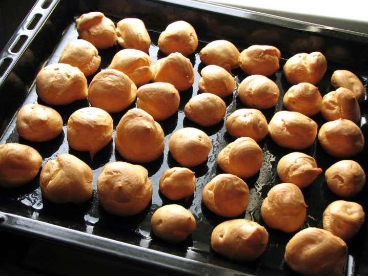 baking cream puffs | Classpop