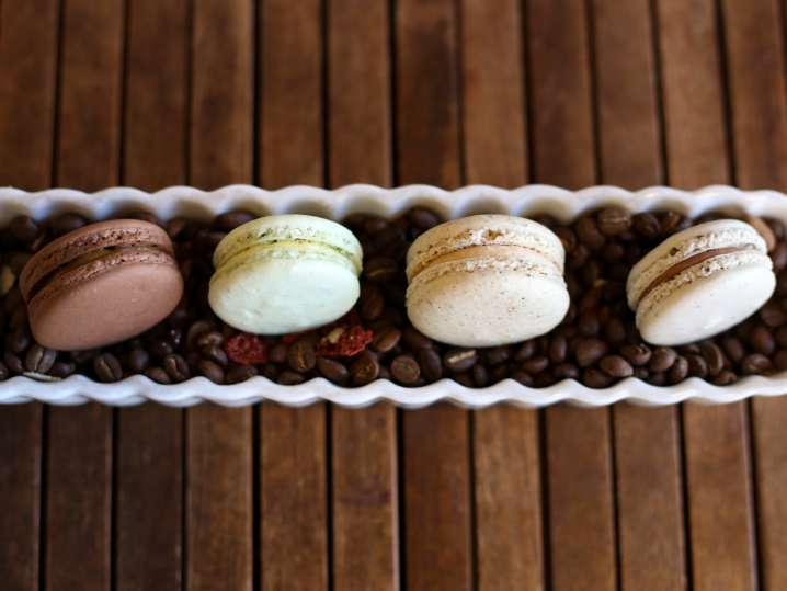 assorted macarons | Classpop