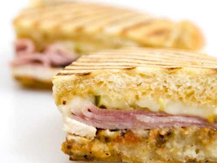 Toasted Mini Ham and Swiss Melts | Classpop