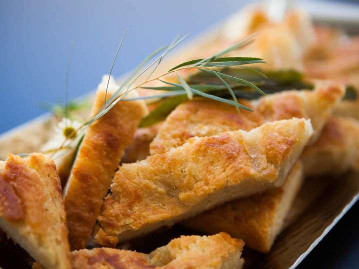 Rosemary and Garlic Focaccia Bread | Classpop