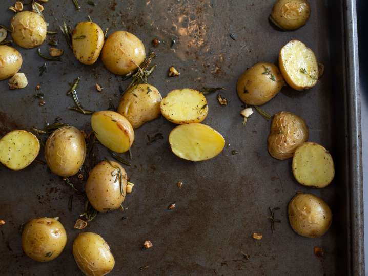 Rosemary Lemon Potatoes | Classpop