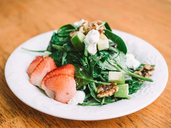 Strawberry Fields Salad   Classpop