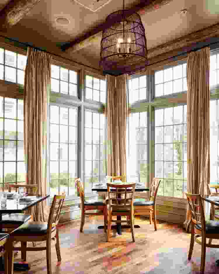 acre in alabama is one of the most warm and cozy restaurants