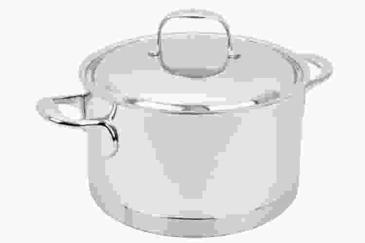 the Demeyere Stainless Steel 5.5-Qt Sauce Pot is some of the best cookware for glass top stoves