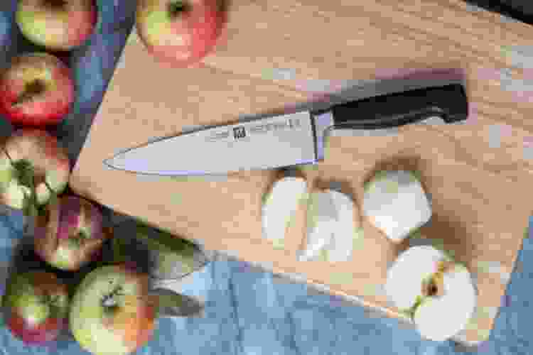 zwilling four star 8 inch chef's knife
