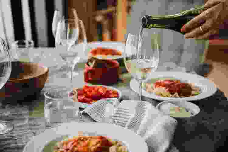virtual wine tastings are a fun gift for couples
