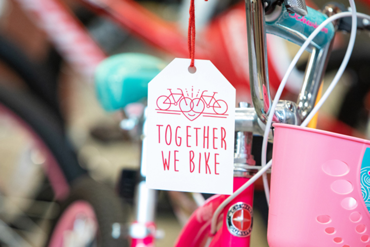 build bikes for charity as a great team building activity in nyc