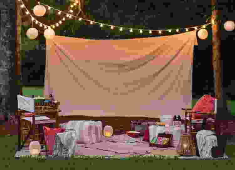 throw a DIY backyard movie night