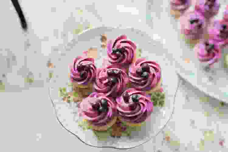 huckleberry cupcakes