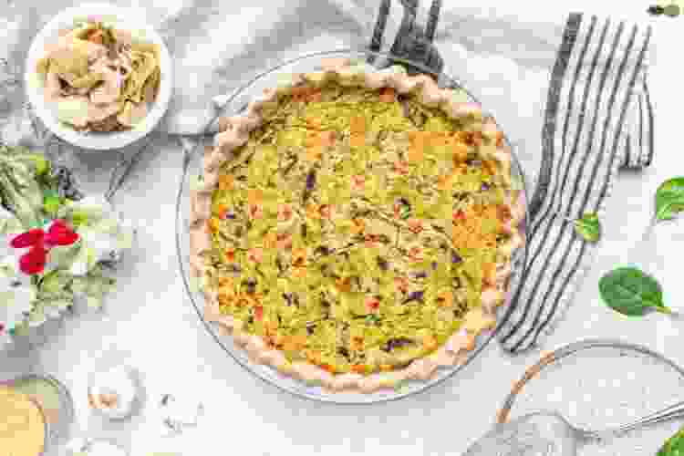 vegan spinach and artichoke quiche is a spring recipe to brighten up your table