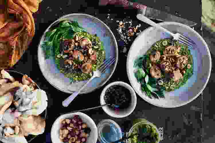 vegan mushrooms scallops with warm pesto is a spring recipe that will brighten up your table