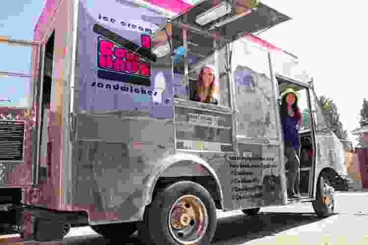 visiting NYC food trucks is a fun thing to do in nyc