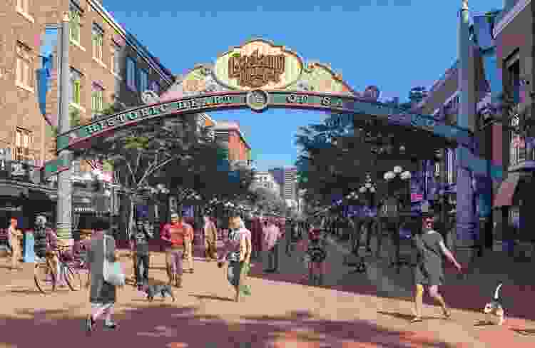 visiting gaslamp quarter is one of the best team building activities in san diego