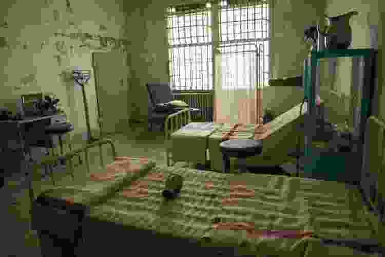 prison cell at alcatraz in san francisco