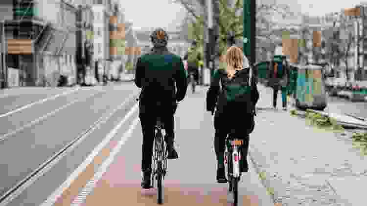 a bike ride is a unique valentine's day gift idea