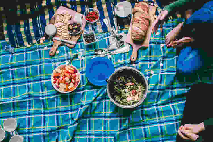 A relaxing outdoor picnic makes for a fun and fuss-free birthday
