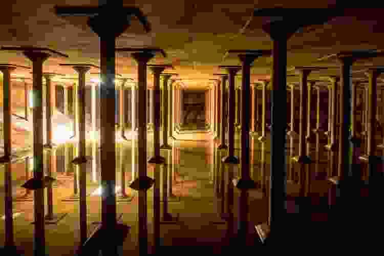 the buffalo bayou park cistern in houston