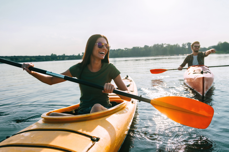 rent a kayak for a fun date night in nyc