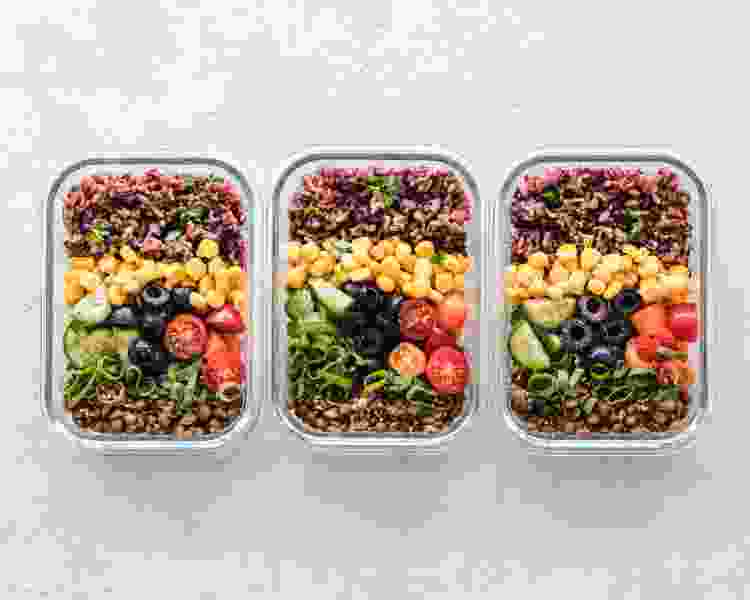 meal prepping will help you start eating healthy in 2021