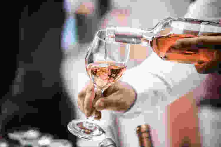 evaluate by balance when you learn how to taste wine