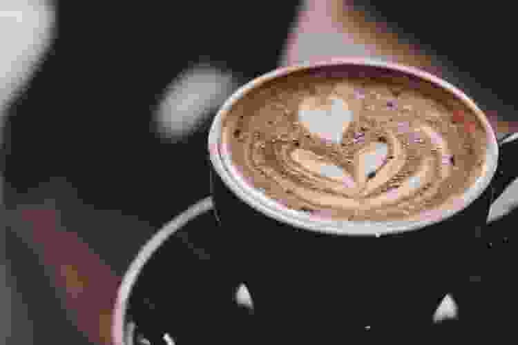 latte art in a mug