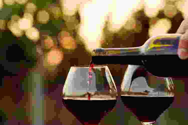 pinot noir red glass