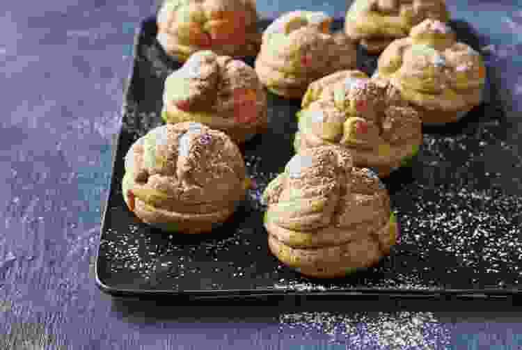 Pumpkin Cream Puffs