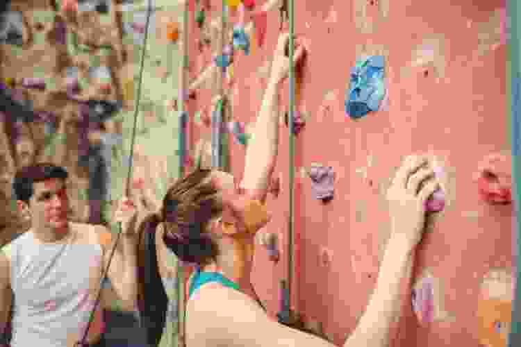 rock climbing is a dun date idea in dallas