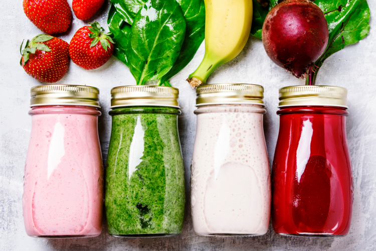 fresh fruit and vegetable smoothies
