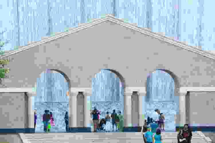 waterfall park is a fun date idea in houston