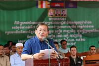 Mr. Khieu Kanharith donates nearly...