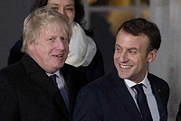 Macron will meet with the British...