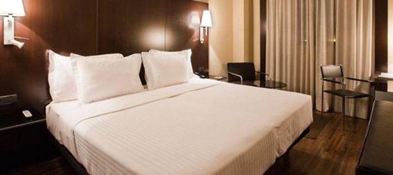 Cama matrimonio Hotel B&B Getafe