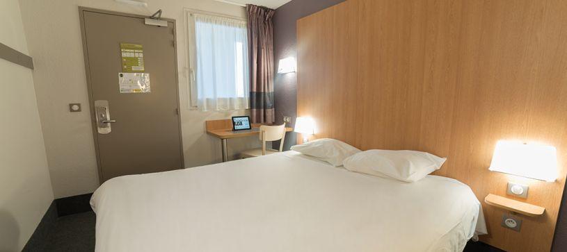 hotel en auxerre habitación doble