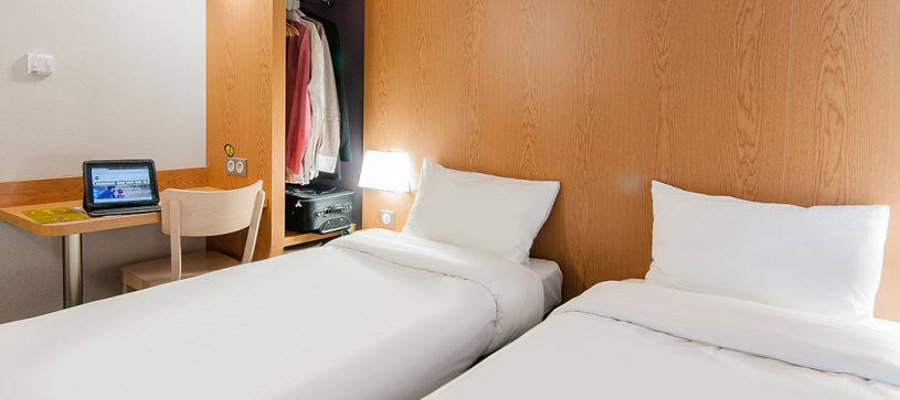 hotel in bayonne double room 2 beds