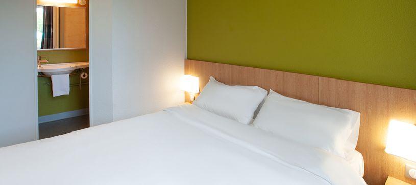 hôtel à brive-la-gaillarde chambre double