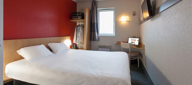 hôtel à poitiers chambre double