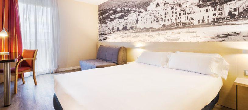 Habitación doble matrimonial Hotel B&B Girona 3