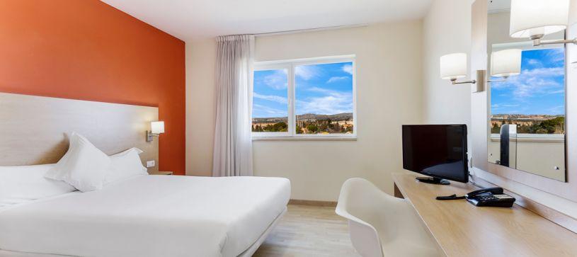 Double room B&B Madrid Las Rozas