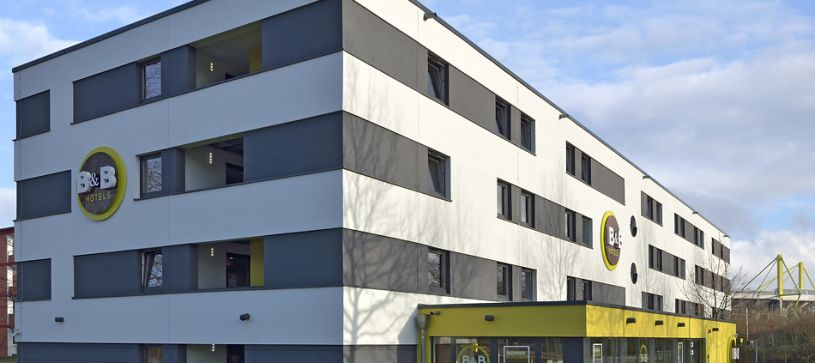 Hotel Dortmund-Messe exterior by day