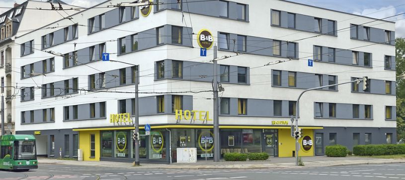 Hotel Dresden exterior by day