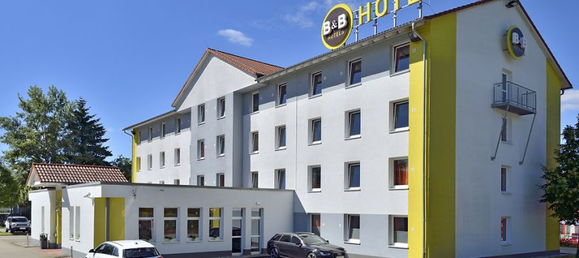Hotel Freiburg-Nord exterior by day