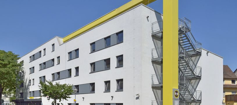 hotel heilbronn exterior by day